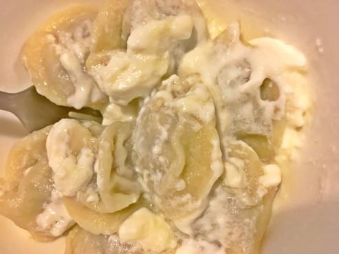 pelmeni-with-yogurt